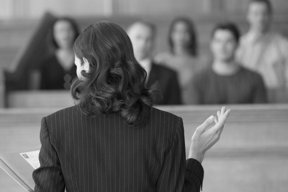 jury trial conducted according to Arizona rules of civil procedure
